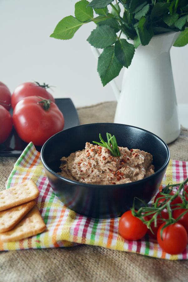 pasta do chleba pomidory z ricotta 2